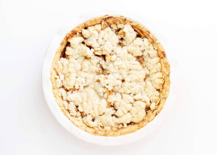 apple pie in dish