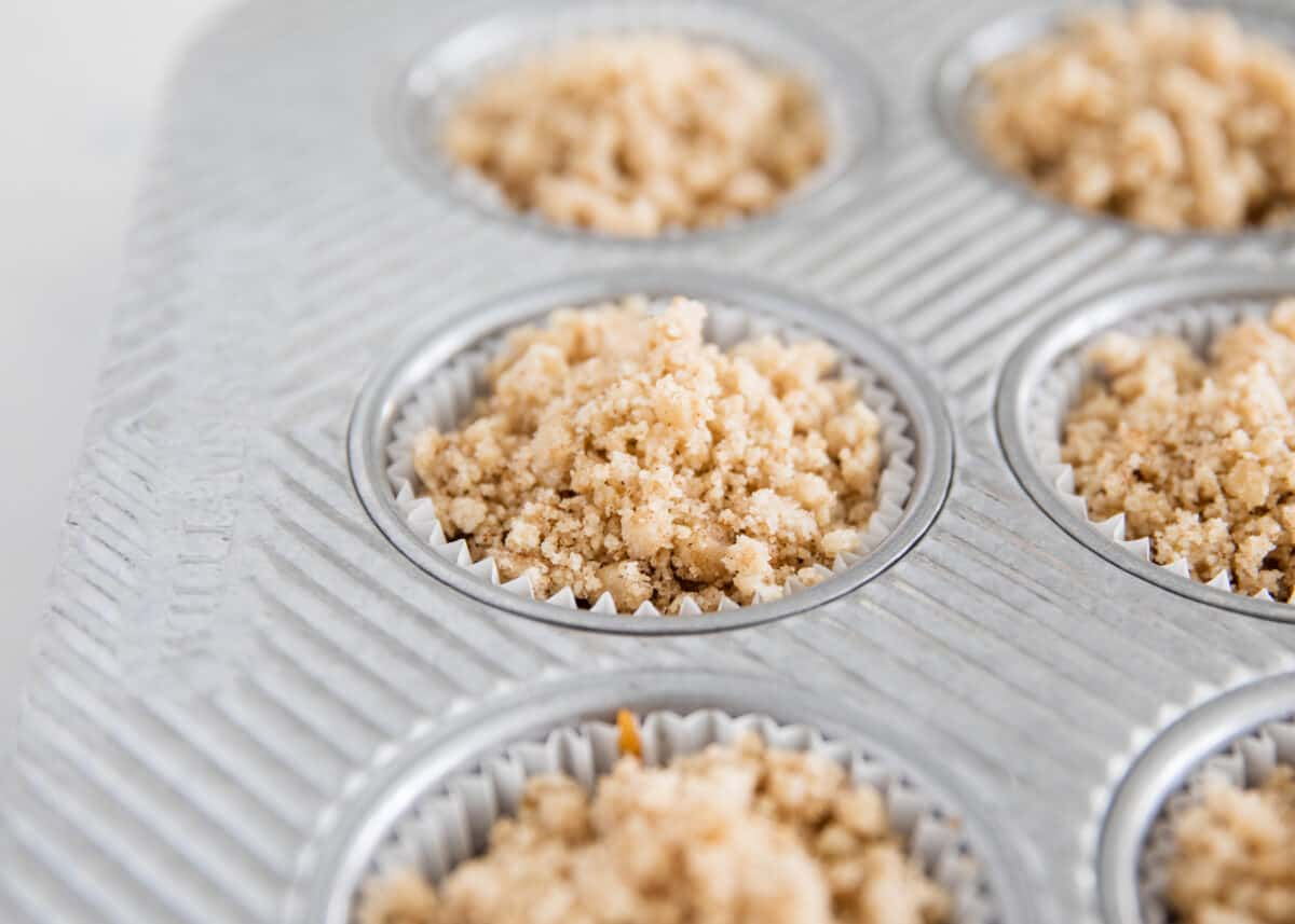 crumble topping in muffin pan