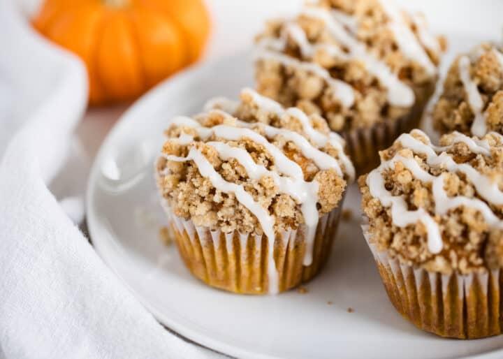 pumpkin crumb muffins with glaze