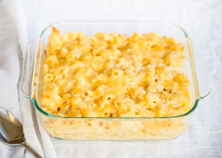 baked macaroni in glass dish