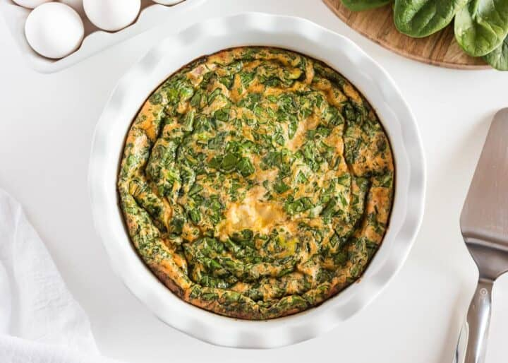 spinach quiche in pan