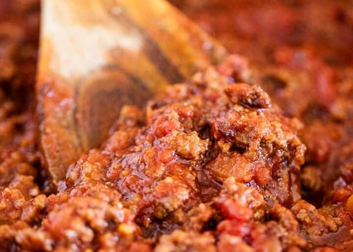 spaghetti sauce in pan