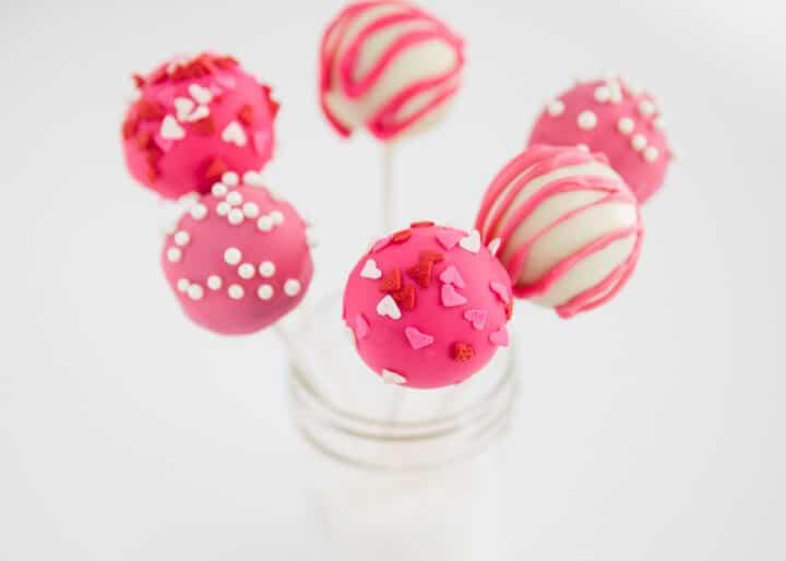 valentine cake pops in glass jar