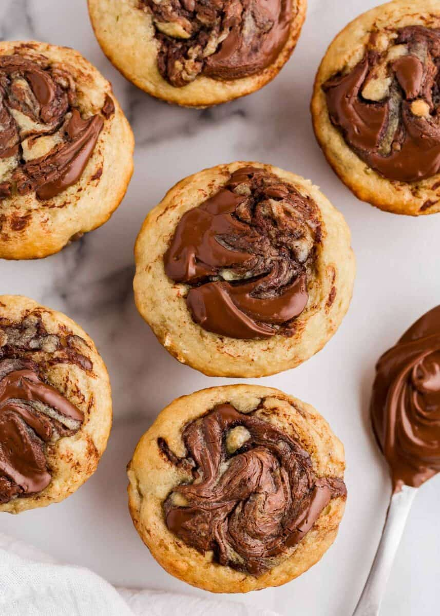 banana muffins with nutella