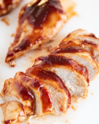 baked bbq chicken slices close up