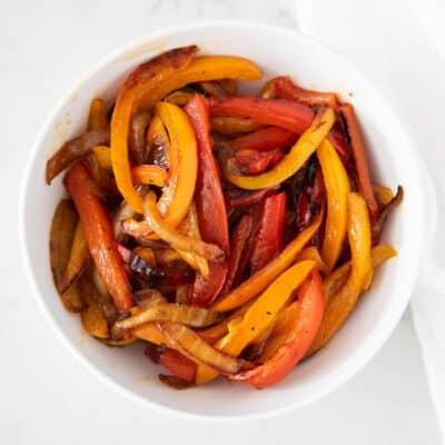 fajita veggies in white bowl