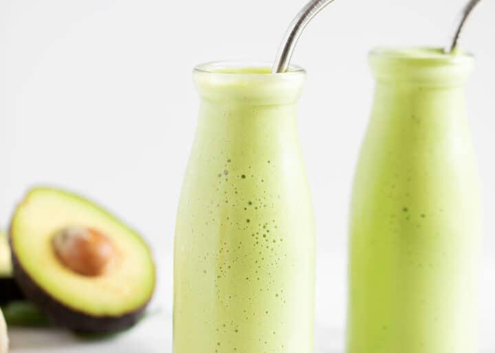avocado smoothie in glass jar