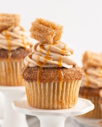 churro cupcakes on mini platters