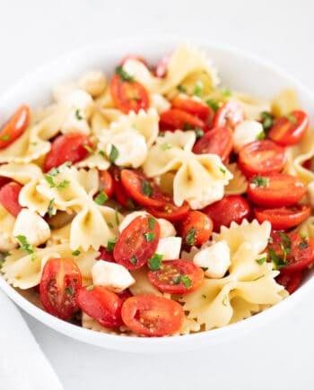 caprese pasta salad in bowl