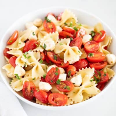 caprese pasta salad in bowl