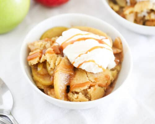 apple cobbler with ice cream on top