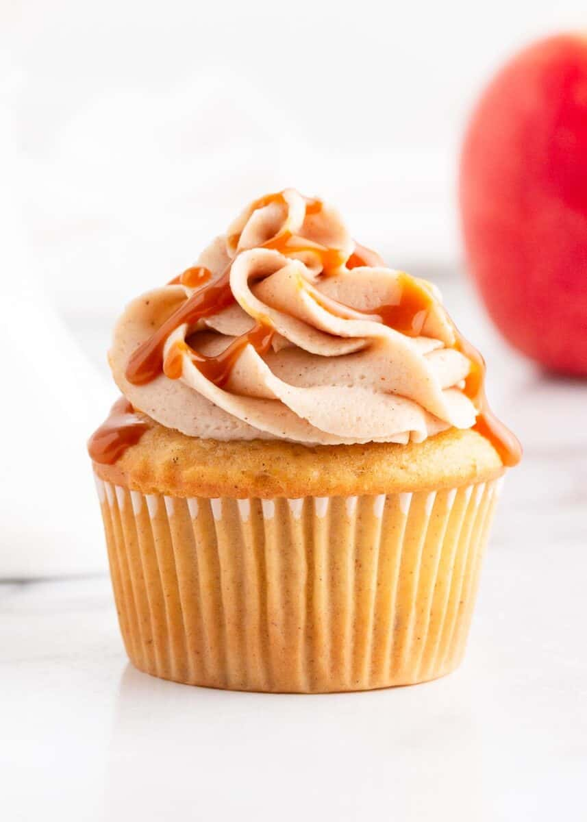 apple pie cupcake with caramel sauce on top