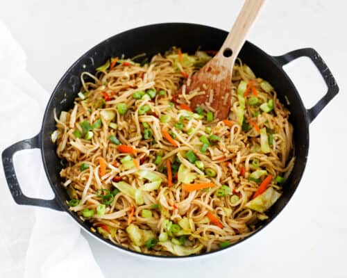 chow mein noodles in skillet